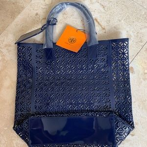 """LAST ONE"" Tory Burch tote"